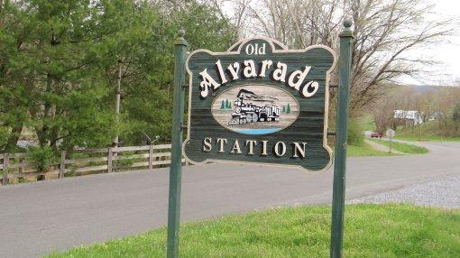 2013-04-14-Watauga Parking Area to Alvarado Station-Sony Cybershot DCS-HX200V129