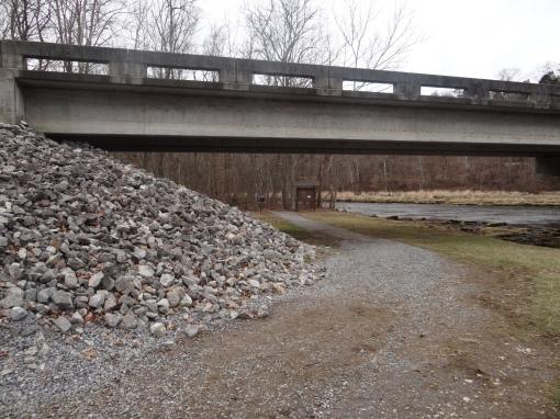 2015-02-01-South Holston Dam-Emmet and Tailwater Trails-Sony Cybershot DSC-HX200V54